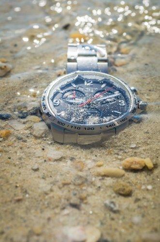 Tips berikut ini adalah upaya preventif yang bisa dilakukan untuk membuat  jam tangan otomatis bisa bertahan lama. Di antaranya adalah selalu  menghindari ... c1030d8ece