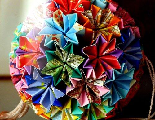 6 Tutorial Membuat Hiasan Gantung Kertas Yang Cantik Dan Mudah Dibuat