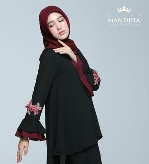 9 Desain Baju Muslim Ivan Gunawan Yang Indah Dan Bergaya