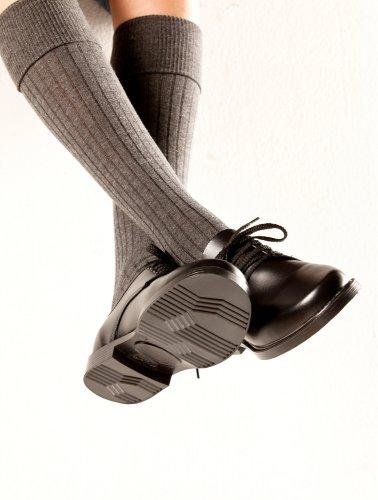 Sepatu yang paling tepat digunakan untuk anak adalah sepatu yang tahan lama  dan ... fb1cd63f5d
