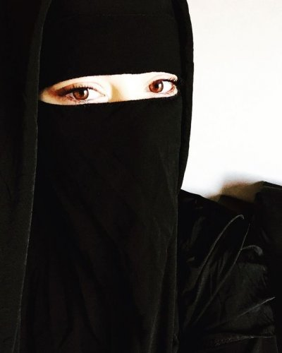 Tetap Tampil Modis Dengan 9 Rekomendasi Jilbab Cadar Yang Menawan