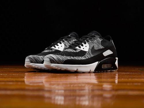 huge discount 07b07 6373f Cara Membedakan Sepatu Nike Air Max Asli Dari Yang Palsu Dan ...