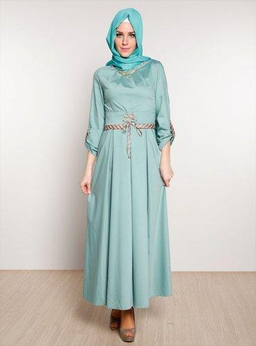 Engga Pengen Ketinggalan Mode Pakai 10 Model Baju Muslim Modern