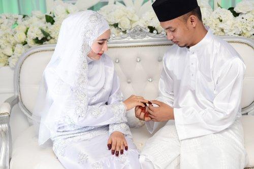 Di Hari Spesial Inilah 10 Inspirasi Kado Pernikahan Islami