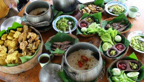 Cicipi Aneka Masakan Sunda Di 5 Restoran Ternama Ini Atau Coba 10