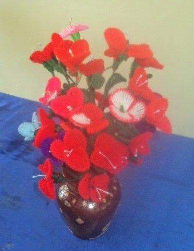 Yuk Manfaatkan Benang Wol Untuk Membuat 8 Kreasi Bunga Cantik Ini