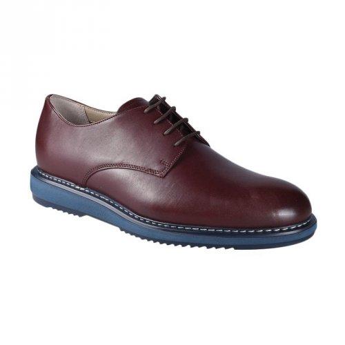 Tips Tampil Keren dengan Sepatu Clarks Original untuk Pria dan ... 5a2c22d65f