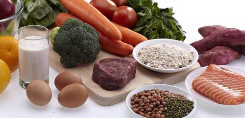 10 Rekomendasi Makanan Sehari Hari Yang Mengandung Zat Besi