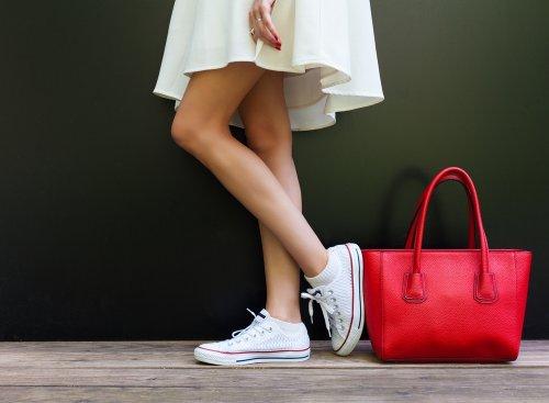 Ini 6 Model Sepatu Sneakers Wanita Paling Keren Di 2018 Okezone