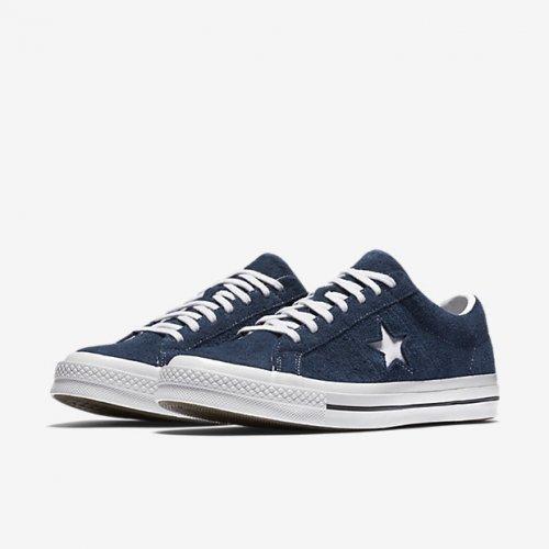 Edisi Unik Sepatu All Star Plus 8 Rekomendasi Sepatu Terpopulernya ... 5541743b0b