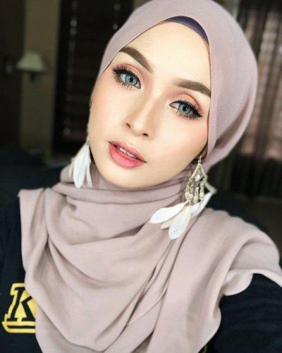 Tampil Menawan Dengan 10 Rekomendasi Bros Jilbab Sebagai Pelengkap Penampilan 2019
