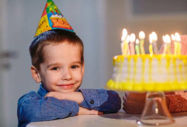 10 Cool Gifts For 6 Year Old Boy On His Birthday And Party Game Ideas