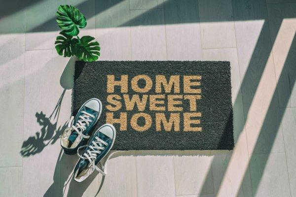 10 Rekomendasi Keset Terbaik untuk Mempercantik Rumahmu (2021)
