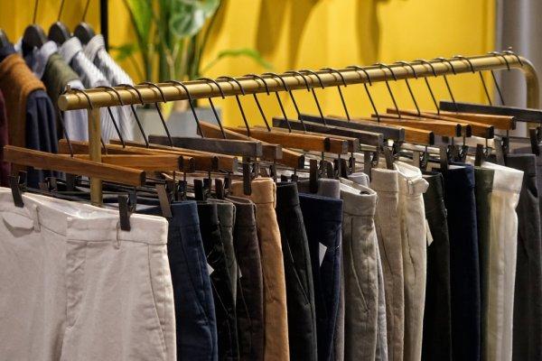 Siapa Bilang Celana untuk ke Kantor Itu Membosankan? 10 Celana The Executive Ini Akan Membuat Kamu Lebih Keren