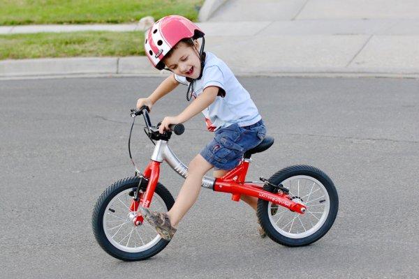 साइकिल का आकार महत्वपूर्ण बिंदुओं में से एक है,जो लेख में बच्चे की आयु वर्ग के अनुसार दिया गया है: आपके बच्चे की उम्र के हिसाब से यहां 9 सबसे अच्छे साइकिल विकल्पों की सूचि उपलब्ध है (2021)