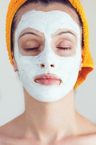 Ingin Kulit Wajah Kenyal dan Berseri? Cobalah 10 Rekomendasi Masker Tepung Beras yang Bisa Kamu Buat Sendiri di Rumah
