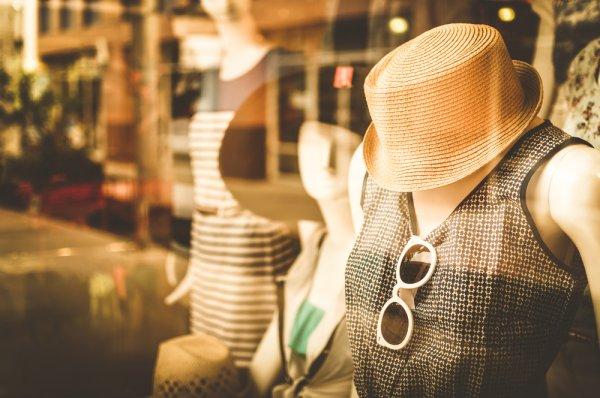 Jadi Trendsetter di Tahun Baru! Inilah 9 Rekomendasi Fashion Item yang akan Tren dan Hits di Tahun 2019, Kamu Sudah Memilikinya?