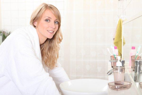 Area Kewanitaan juga Perlu Dibersihkan, Gunakan Salah Satu dari 10 Rekomendasi Produk Pembersih Wanita Ini (2019)