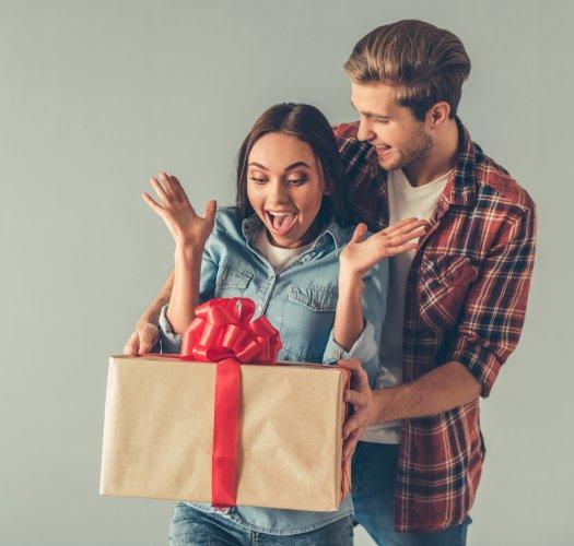 Inilah 10+ Inspirasi Hadiah Ulang Tahun Untuk Istri Tercinta