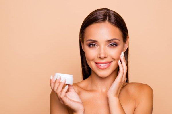 Dapatkan Wajah yang Cerah dan Terawat dengan 8 Rekomendasi Krim Malam yang Bermanfaat untuk Kulit