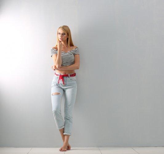 Tetap Trendi di 2018 Meski Dengan Celana Jeans Wanita Murah