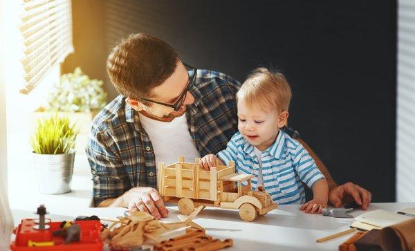 10+ Rekomendasi Mainan Kayu yang Aman serta Dapat Merangsang Imajinasi dan Kecerdasan Anak