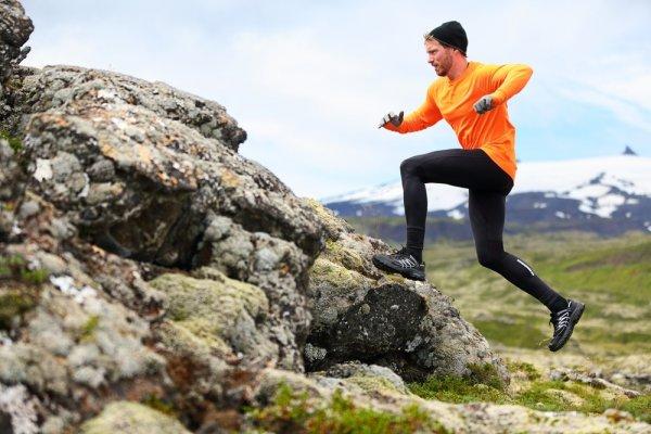 10 Celana Lari Pria untuk Kamu yang Sporty (2018)