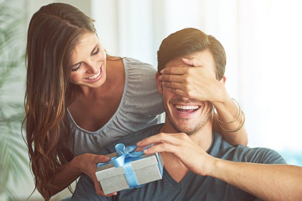 Great Birthday Gifts for Him are Hard to Come By! Use Our Ideas to Find the Perfect Gift Each Time & 10 Super Gifts for Boyfriend on Birthday (2019)