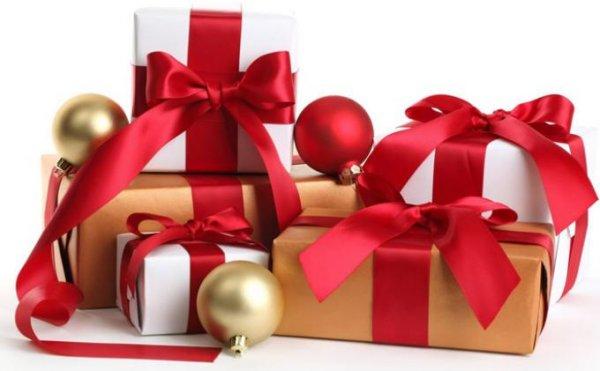 10+ Rekomendasi Hadiah Natal untuk Teman Kantor Ini Pasti Sukses Bikin Teman Kamu Surprise