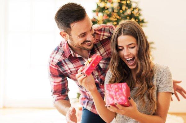10 Produk yang Trending di 2018 yang Cocok Dijadikan Sebagai Hadiah yang Unik untuk Pacar