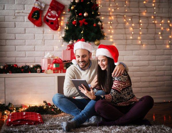 Gợi ý 10 món quà ý nghĩa dành tặng chồng nhân dịp Noel (năm 2020)