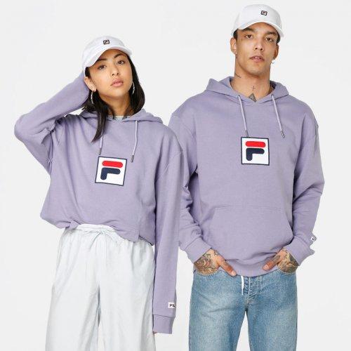 Buat Gayamu Makin Trendi dengan 8 Rekomendasi Sweater Keren 2019 dari Fila