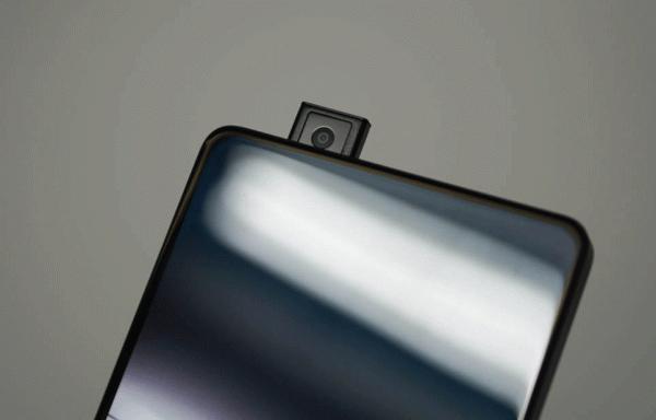 10 Rekomendasi Smartphone dengan Camera Pop-up Terbaik untuk Penggila Selfie (2020)