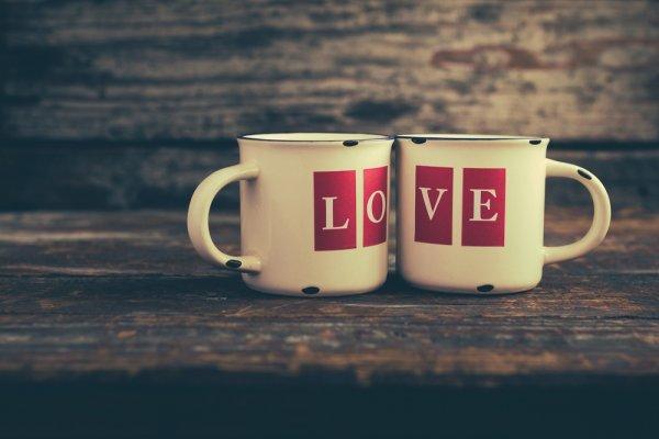 Jangan Asal Pilih Suvenir Pernikahan, Ini Lho 10 Rekomendasi Vendor Gelas Sablon dan Ide Uniknya untuk Suvenir Pernikahan
