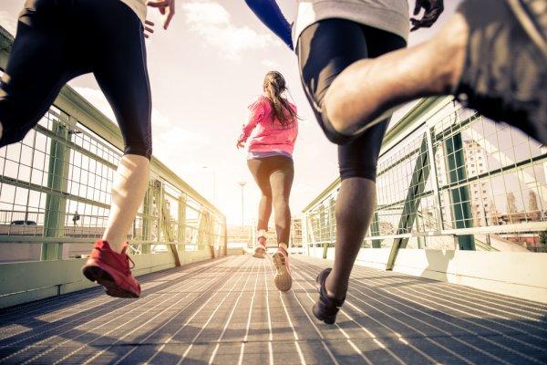 10 Manfaat Berjalan Kaki di Pagi Hari dan Tips yang Harus Diperhatikan Sebelum Mulai Berolahraga