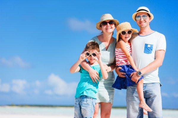 10 Destinasi Liburan yang Cocok untuk Keluarga dan Tipsnya