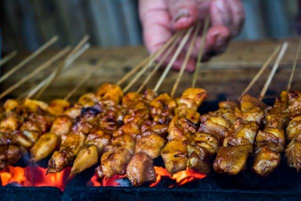 7 Rekomendasi Makanan Aneh ini Ternyata ada di Sudut Ibu Kota Jakarta, lho.  Berani Coba?