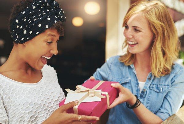 20+ Ide Kado Ulang Tahun Unik untuk Sahabat Tercinta dan 3 Cara Unik untuk Membungkusnya (2019)