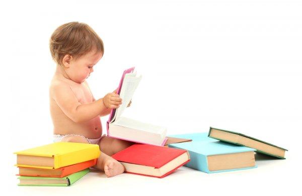 10 Buku Cerita untuk Bayi yang Ibu Wajib Miliki