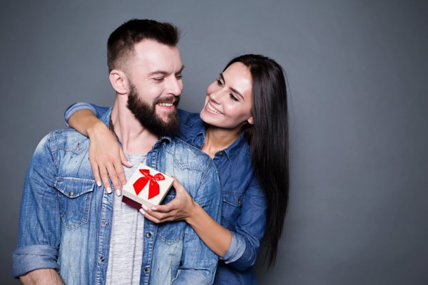 10 Quirky and Unique Gifts for Your Husband That May Not Be on His Wishlist But He'd Love to Have. Plus How to Find New Ways to Be Romantic in 2019