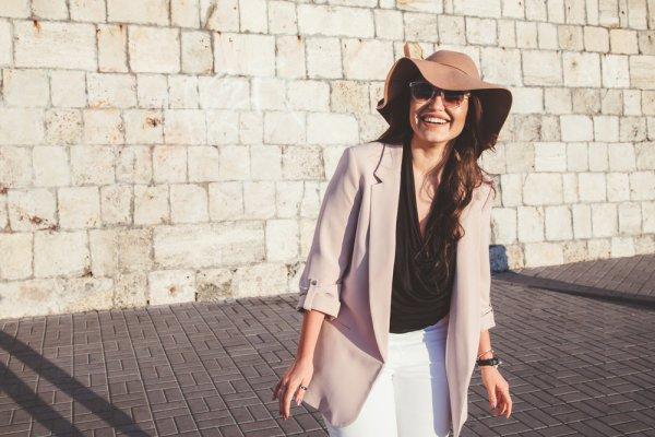 10 Rekomendasi Blazer Wanita Terbaru dari Mango untuk Kamu si Fashionista (2019)