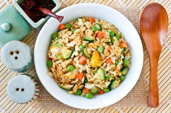 Langsung Praktik di Dapur! Rekomendasi 8 Resep Nasi Goreng dari Seluruh Dunia yang Bisa Kamu Masak Sendiri dengan Mudah