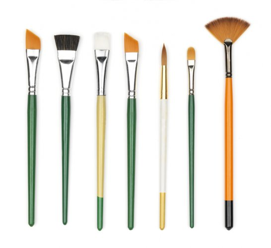 Low Quality Paint Brushes Can Ruin Your Masterpiece. Check out Your Ultimate Guide to Oil Paint Brushes and the Top Oil Paint Brush Sets for Beginners Available in India (2021)