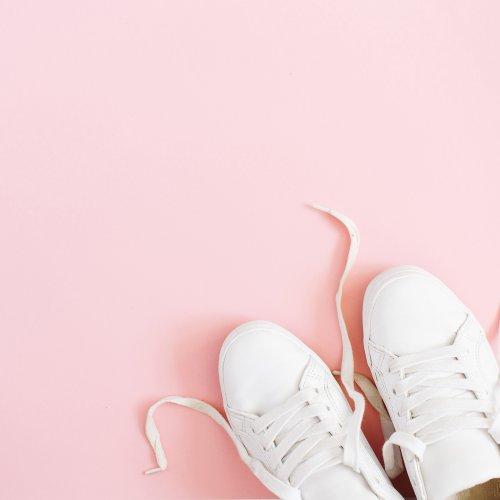 Wajib Dirawat, Inilah 10 Rekomendasi Pembersih Sepatu Putih Kesayangan (2019)