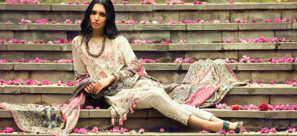 Glam Up Your Wardrobe with the Latest Designer Wear: 10 Stunning New Kurti Designs for 2019