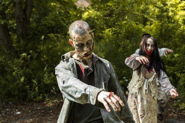 10 Rekomendasi Film Zombie yang Siap Membuatmu Merinding