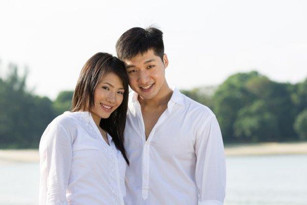6+ Atasan Couple Korea Yang Oke Banget Buat Dicoba!