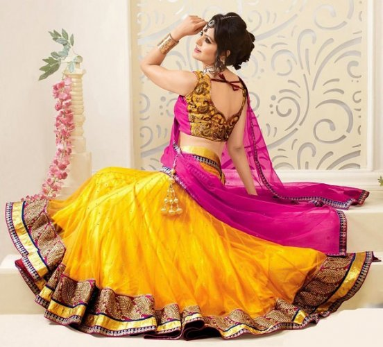 Be Your Own Style Diva with the Hottest Lehenga Sarees of 2019: Check Our Offbeat Lehenga Sarees Plus Styling Tips to Make Heads Turn