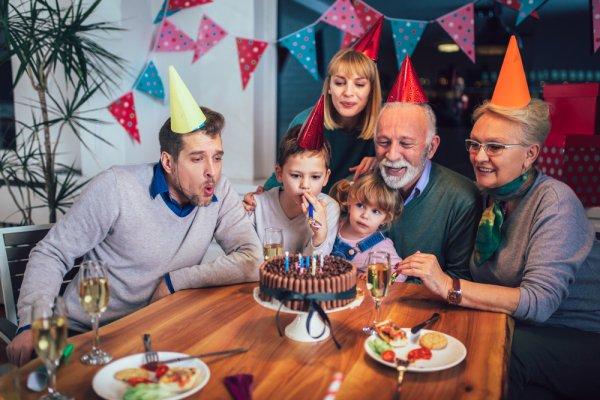 Yuk, Siapkan Kado Terbaik dengan 10 Rekomendasi Kado untuk Ayah yang Sedang Berulang Tahun (2020)