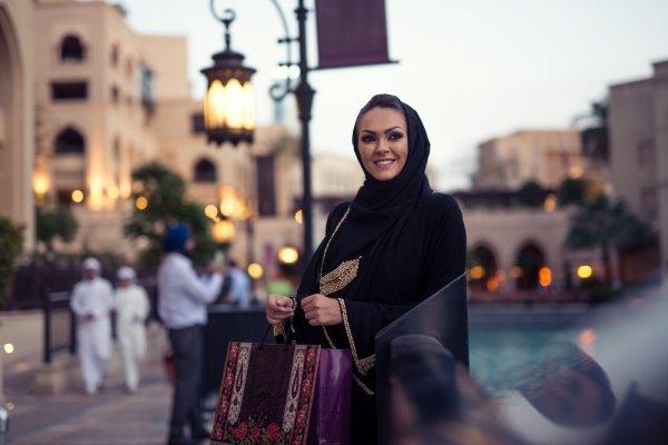 10 Rekomendasi Tempat Belanja Baju Hijab di Bandung yang Tak Boleh Dilewatkan Para Hijaber Modis
